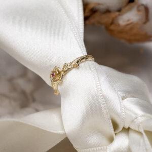 """Помолвочное золотое кольцо """"ОЧАРОВАНИЕ"""" с розовым турмалином"""