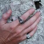 Серебряное мужское кольцо с черепом и костями