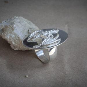 Кольцо с драконом из серебра