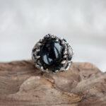 Серебряное кольцо с черным ониксом