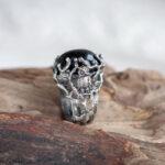 Массивное кольцо с тотемной совой