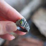 Фэнтезийное кольцо с натуральным опалом