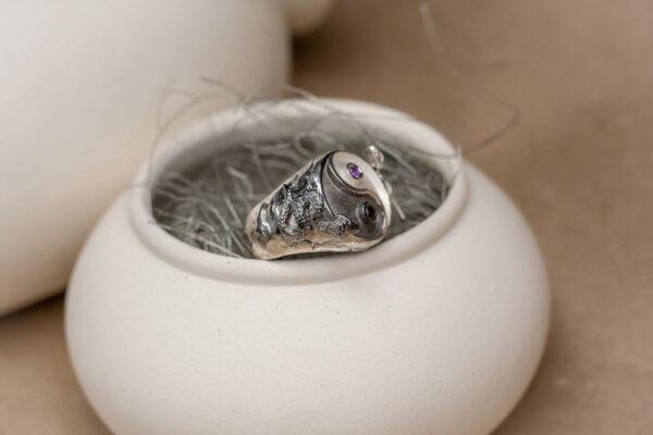 Массивное кольцо с аметистом