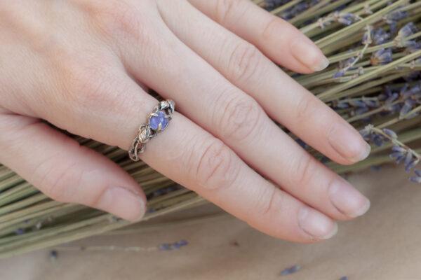 Эльфийское кольцо с танзанитом