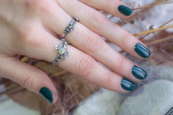 Кольца-веточки из серебра с опалом
