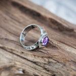 Мужское кольцо из серебра с аметистом