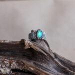 Кольцо корона из серебра с опалом