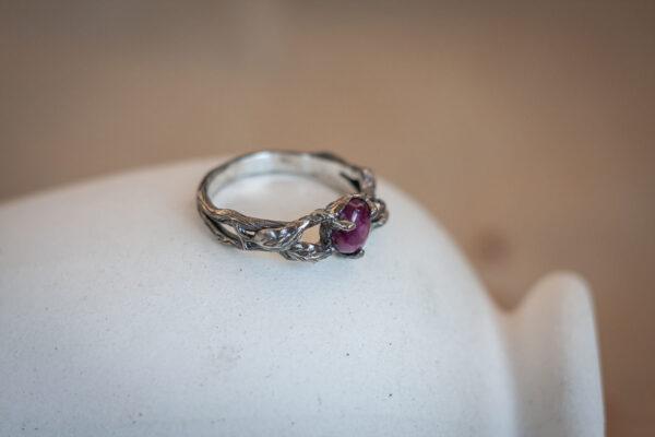 Лесное кольцо с рубином