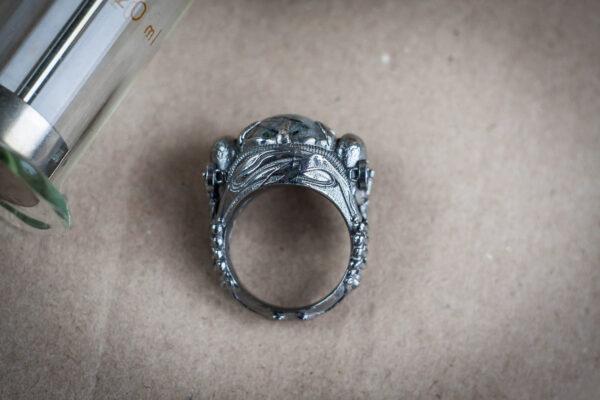 Киберготическое кольцо