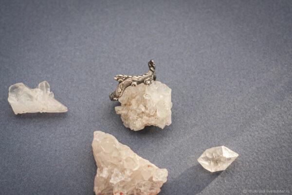 Тонкие кольца веточки из серебра и позолоты