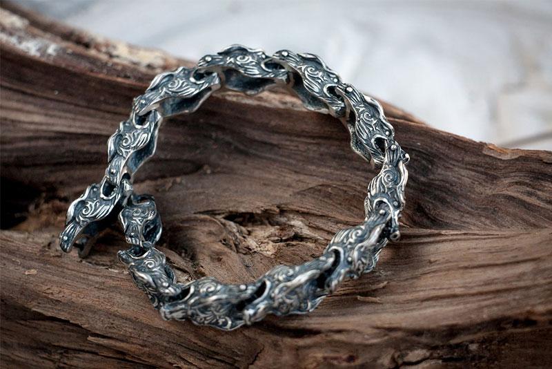 Скандинавский браслет из серебра