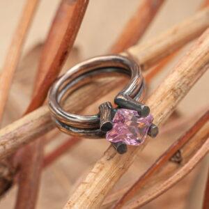 """Серебряное кольцо с розовым кварцем """"Тетра"""""""