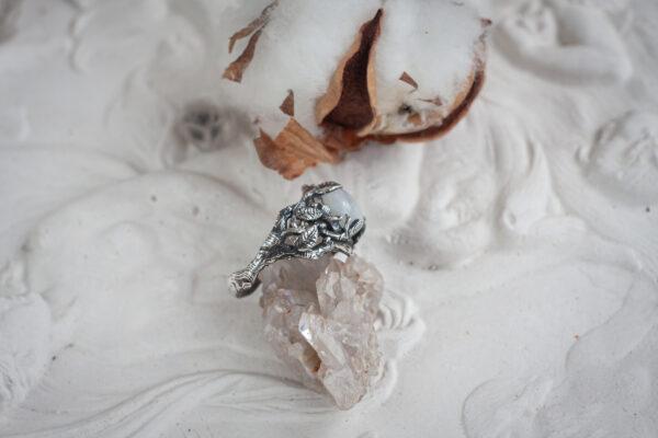 Кольцо с листиками
