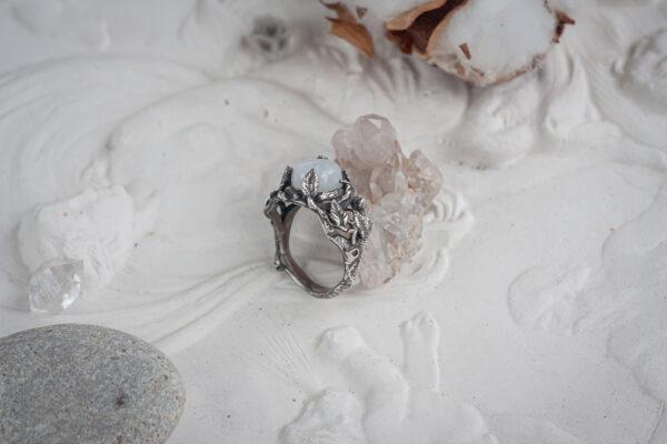 Кольцо в стиле флора