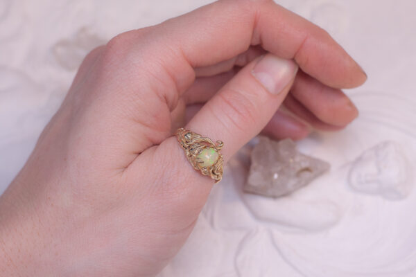 Лесное бронзовое кольцо