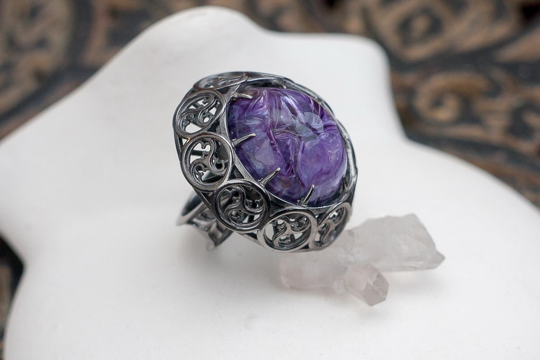 Готическое серебряное кольцо