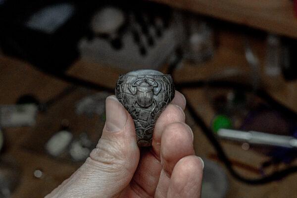 дизайнерские серебряные печатки