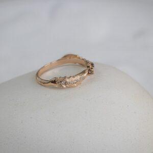 Помолвочное кольцо с раухтопазом