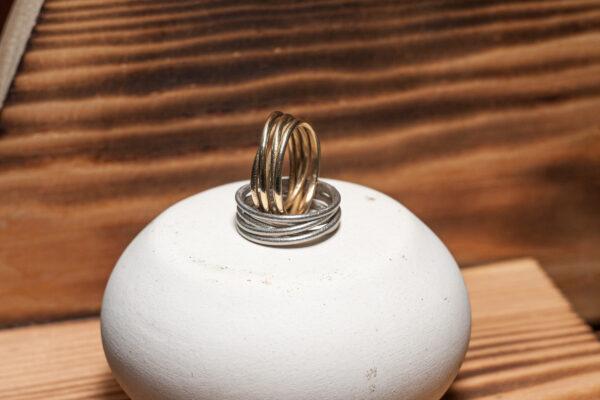 Минималистичные кольца из серебра и бронзы