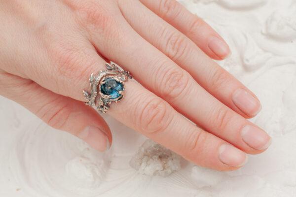 Парные кольца из красного золота