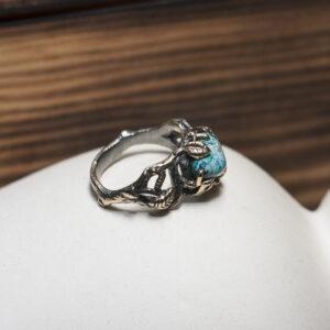 Эльфийское кольцо с природным азуритом