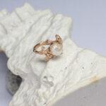 Золотое кольцо в стиле флора