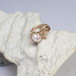Кольцо из золота с настоящей жемчужиной