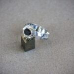 Серебряное кольцо с черным бриллиантом