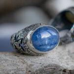 Серебряный перстень с кианитом