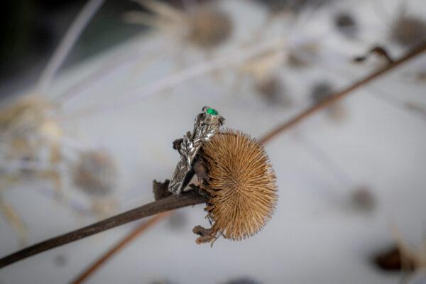 Тонкое кольцо с агатом