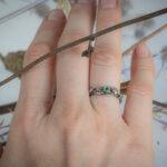 Серебряное кольцо с листиками и агатом