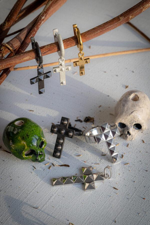 Одиночные серьги-кресты из серебра