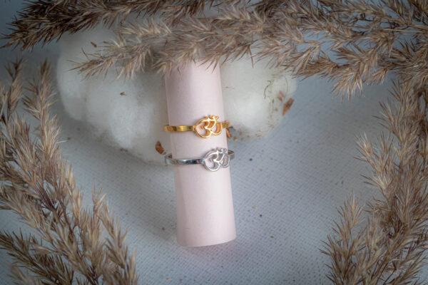 Серебряные кольца с символом ом