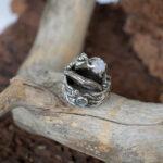 Необычные свадебные кольца из серебра
