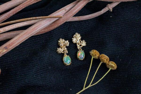 Эльфийские серьги из бронзы с опалами