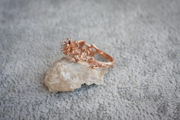 Эльфийское кольцо с бриллиантом