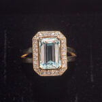 Золотое кольцо с аквамарином и бриллиантами