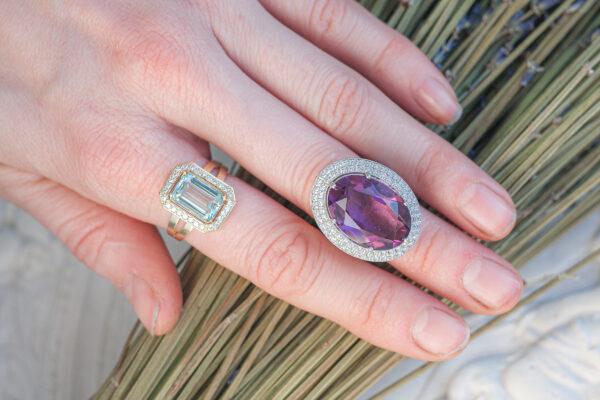 Перстень из белого золота с россыпью бриллиантов