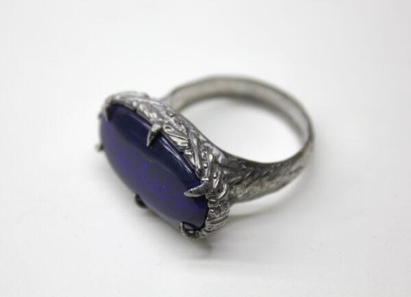 Серебряное кольцо с австралийским опалом