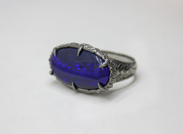 Мужское кольцо с австралийским опалом
