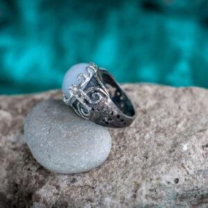 Серебряное бохо кольцо с халцедоном