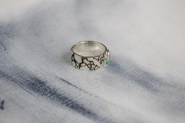 Мужское серебряное кольцо с орнаментом