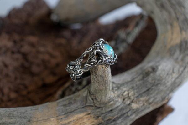 Массивное мужское кольцо
