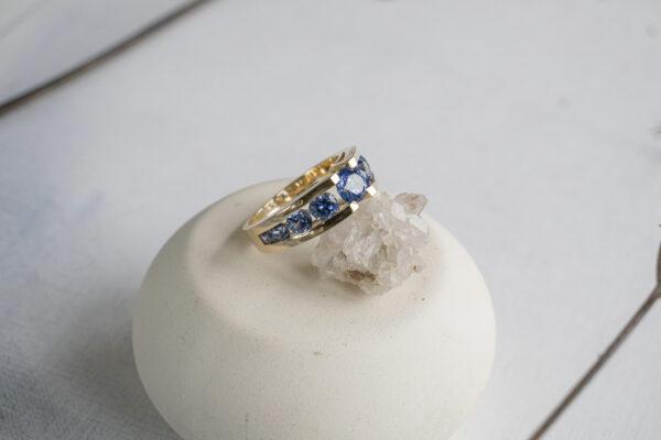 Дорогое мужское кольцо