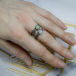 Тонкое кольцо с опалом