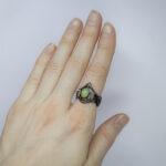 Ведьмино кольцо с опалом