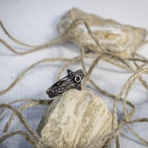 Средневековое мужское кольцо