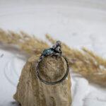 Серебряное кольцо с ангелочком