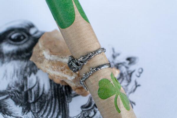 Серебряные кольца в стиле флора