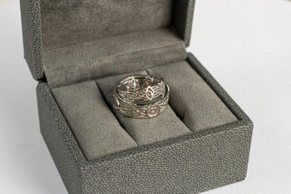 Парные золотые кольца